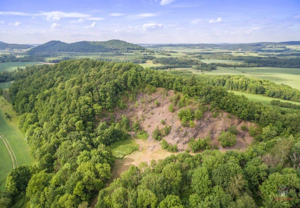 Kraina Wygasłych Wulkanów- kamieniołom w Lubiechowej